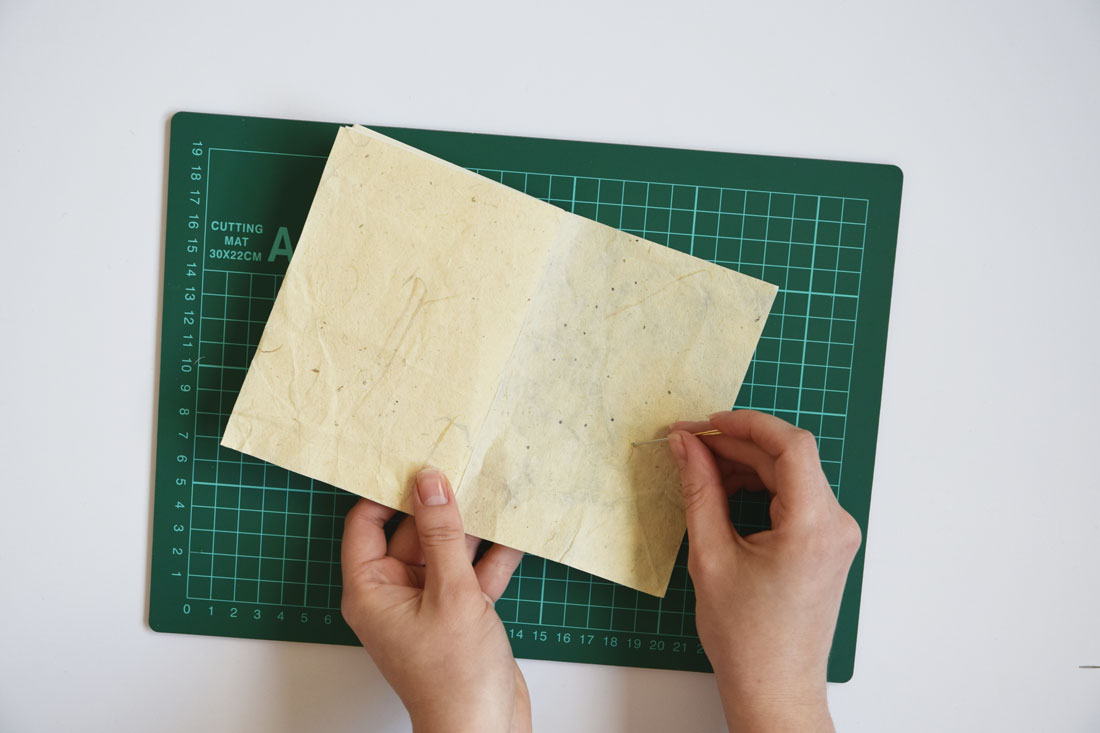 Stap 2 - DIY embroidered notebook